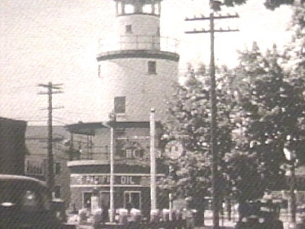 Lighthouse North and Kempton Streets - New Bedford, 1939 - www.WhalingCity.net